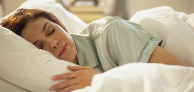 نصائح متعلقة بالطعام تساعد على النوم الصحي