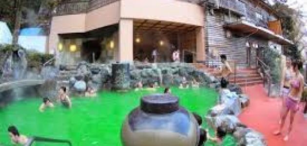 حمام الشاي الأخضر في اليابان