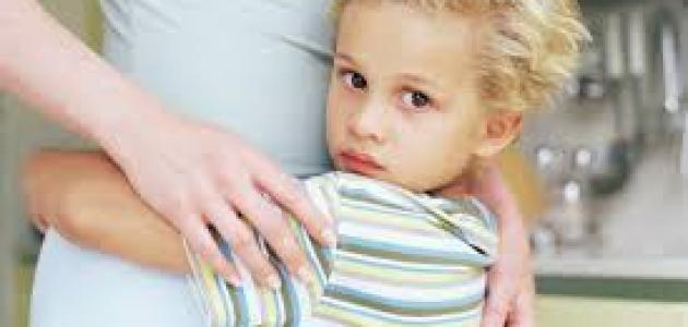 دراسة تحذر الوالدين من السخرية تجاه خوف أطفالهم