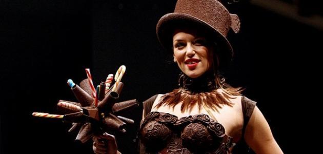 موسكو تستعرض عروضا للأزياء من الشوكولا
