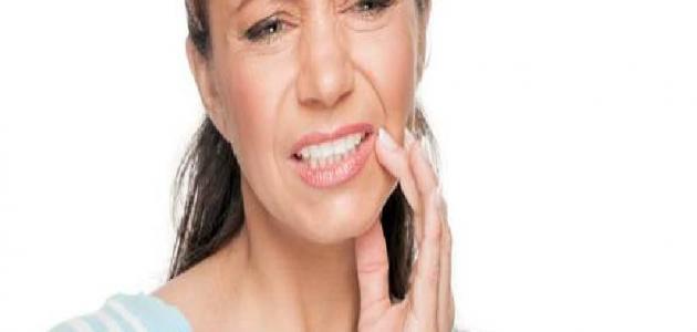 أضرار برد الأسنان