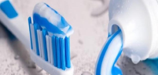 معجون الأسنان لتبييض المناطق الحساسة