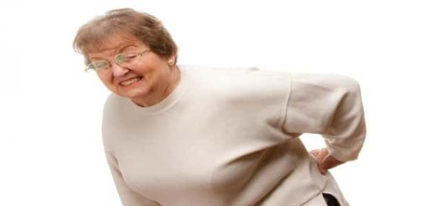 كيف تتخلص من ألم أسفل الظهر خلال النوم