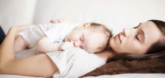 علاج النوم الخفيف عند الرضع