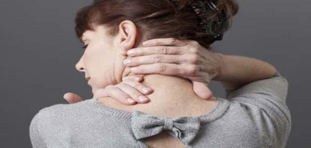 علاج الشد العضلي في الرقبة والكتف