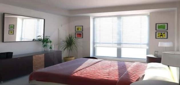 كيفية ترتيب غرفة النوم الضيقة لتبدو أكبر