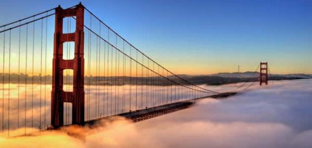 معلومات عن جسر البوابة الذهبية