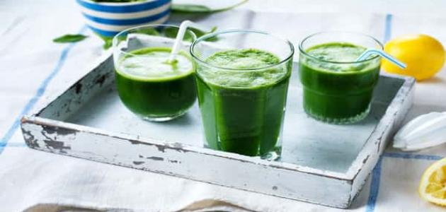 فوائد العصير الأخضر