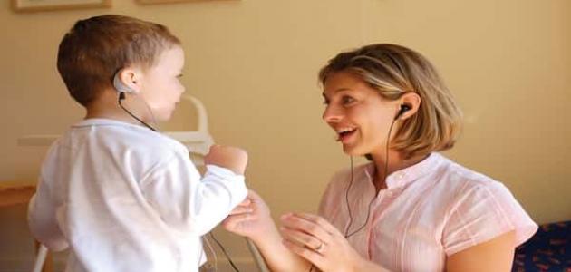 كيفية تأهيل الأطفال بعد زراعة القوقعة