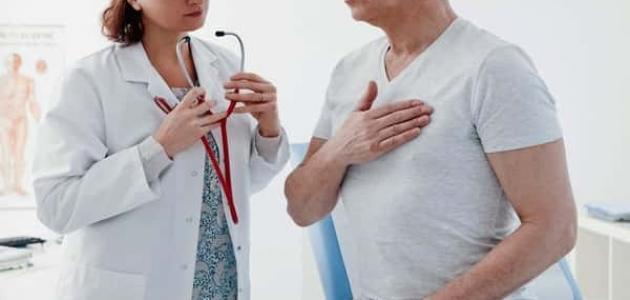 أسباب ألم الكتف الأيسر والصدر