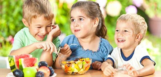 أهمية الغذاء الصحي للأطفال