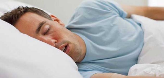 أسباب نشفان الريق أثناء النوم