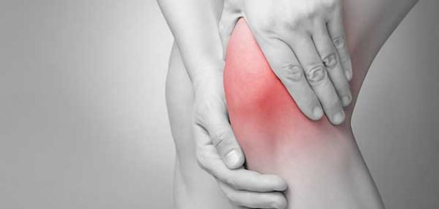 أسباب ألم الركبة المفاجئ