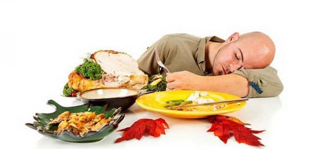 أضرار النوم بعد الأكل