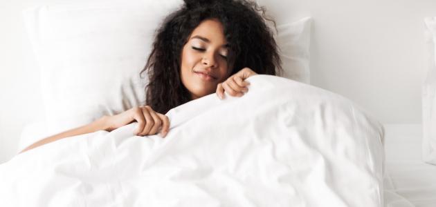 طرق العناية بالوجه قبل النوم