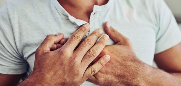 تشخيص الألم في منتصف القفص الصدري عند التنفس