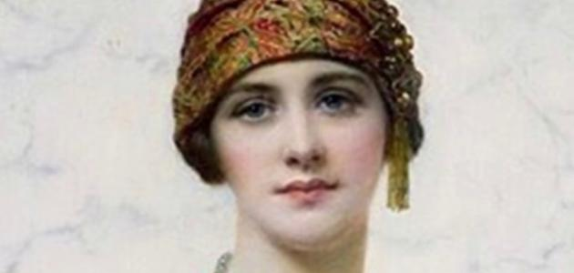 من هي أول ملكة في الإسلام